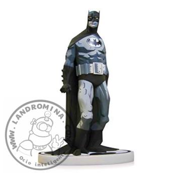 Batman BW Mignola JPG